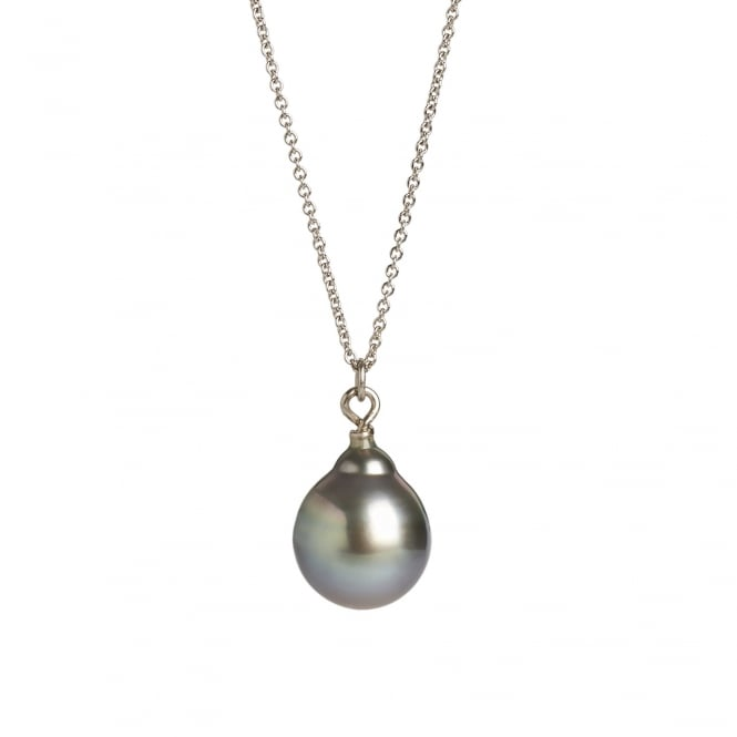 Fine Tahitian pearl on a 60cm 18ct white gold chain with a clasp